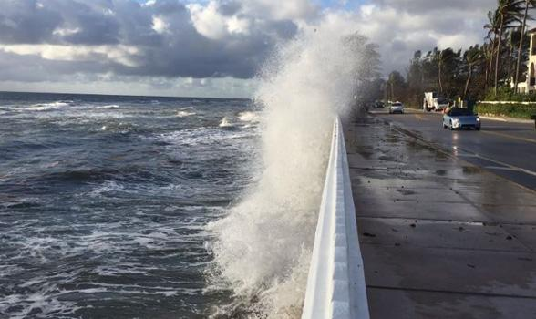 seawall wave
