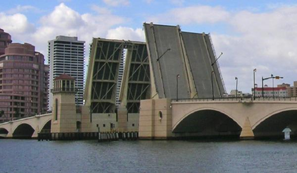 Royal Park Bridge