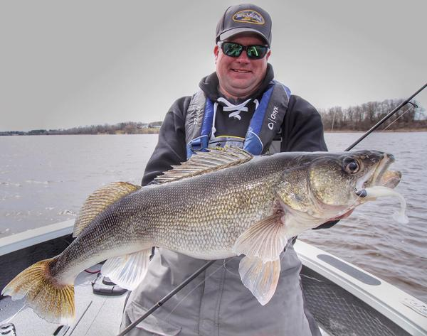 Special early season walleye issue target walleye for Walleye fishing in missouri