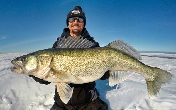 Long arming controversy, Big bait crappies, Fishing rod ...