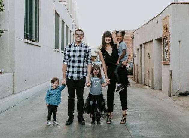 heather avis family