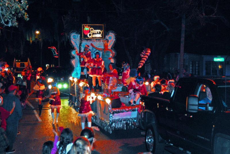 Magic On Main Christmas Parade