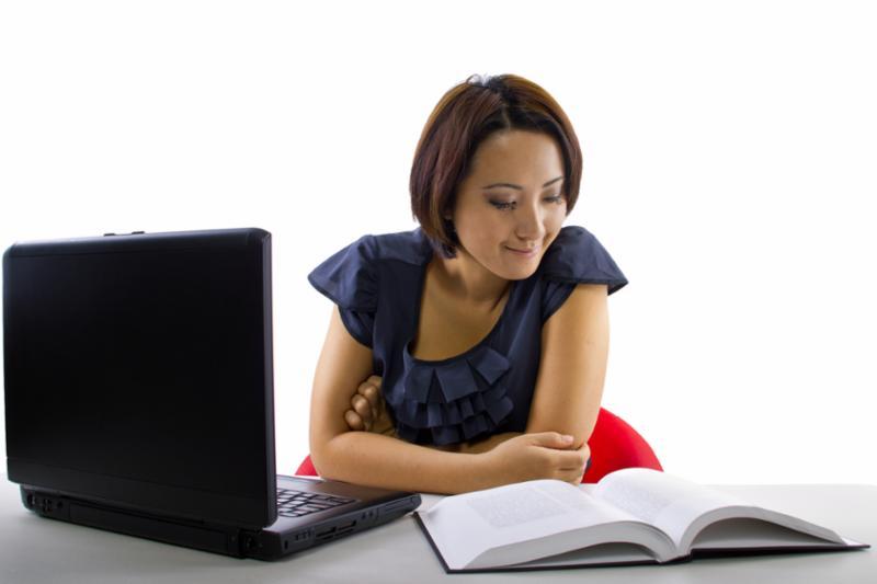 studying_online.jpg