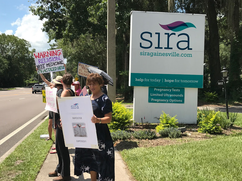 NWL-Gainesville activists at the Sira picket, August 8, 2017. Photos by Regan Garner.