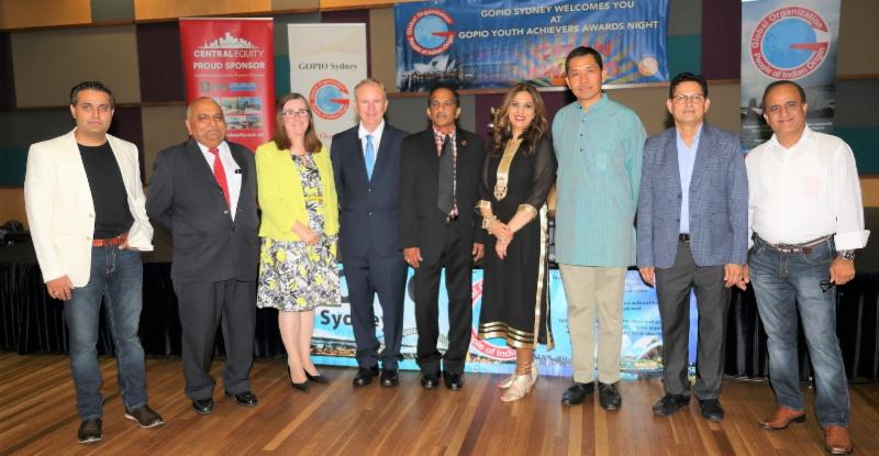 GOPIO-Sydney officials with dignitaries at GYAN 2017