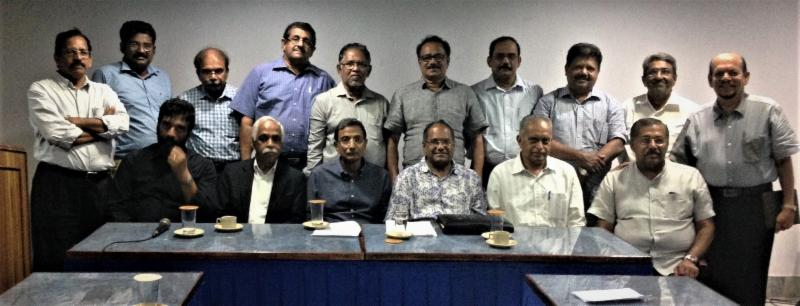 gopio-kochi officials with speakers at the seminar