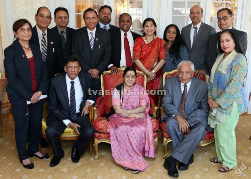 GOPIO delegation with Minister Sushma Swaraj