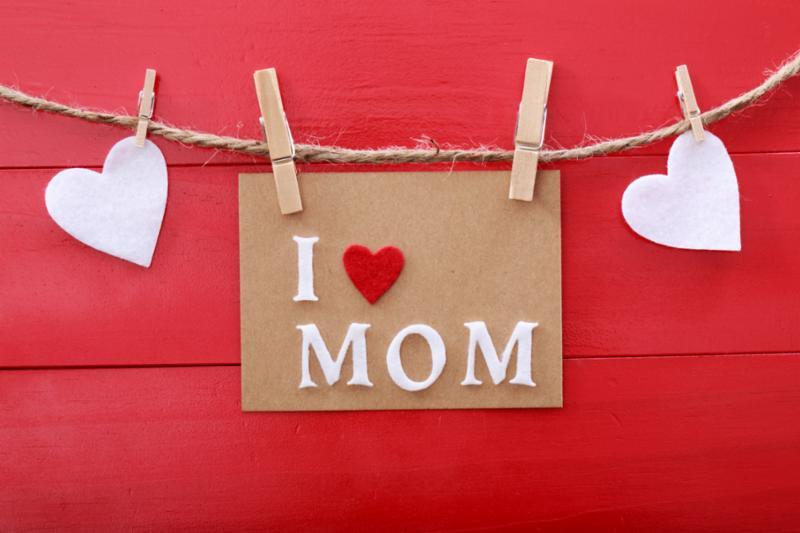 mom_clothesline2.jpg