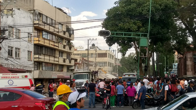 A 6.1 earthquake hit Oaxaca_ Mexico on Sept. 23rd. The earthquake was centered south of the city of Puebla and caused damage in the Mexican states of Puebla_ Morelos and the Greater Mexico City area. More than 5_400 people were injured and 333 killed despite 20 econds of advance warning in Mexico City.