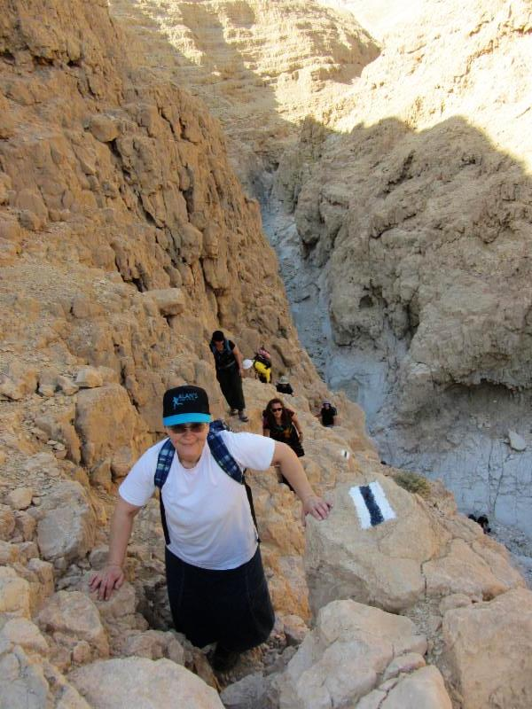 Hike in Peres Riverbed_ a classic Israeli hike in the Negev.