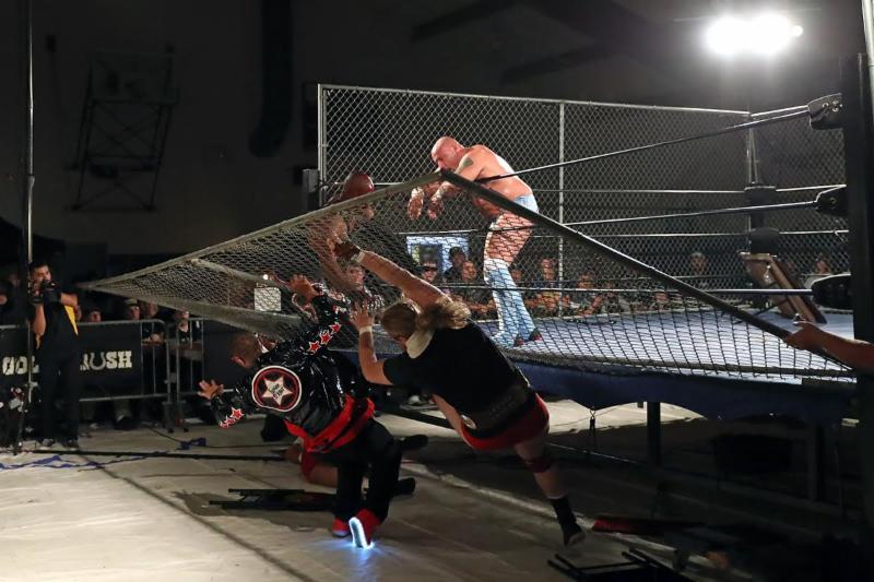 Gold Rush Wrestling - 10-3-16 - Darren Yamashita