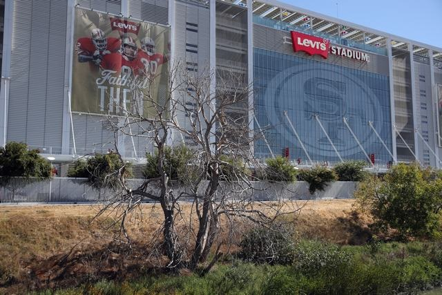 10-13-18 - 49ers - Darren Yamashita