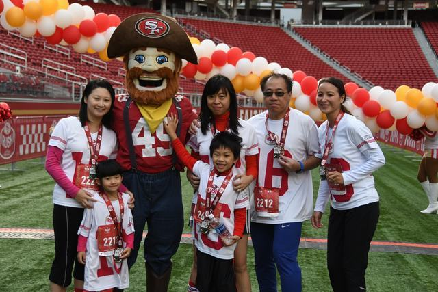 10-31-16 - 49ers Rush - William Yee