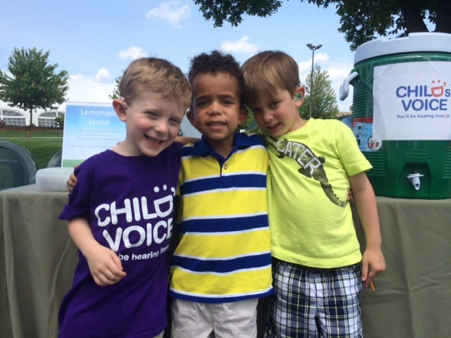 Students at the Lemonade Stand, Golf 2015