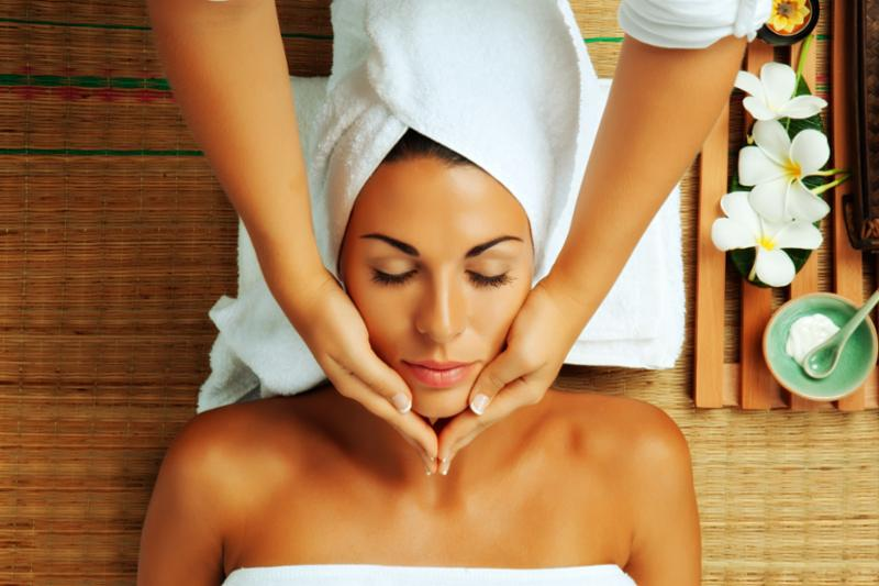 face_massage_female.jpg