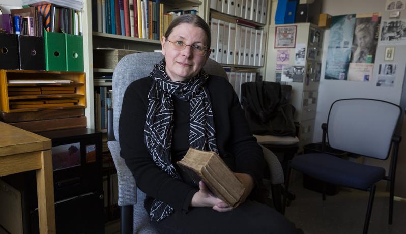 Professor Sabine Moedersheim