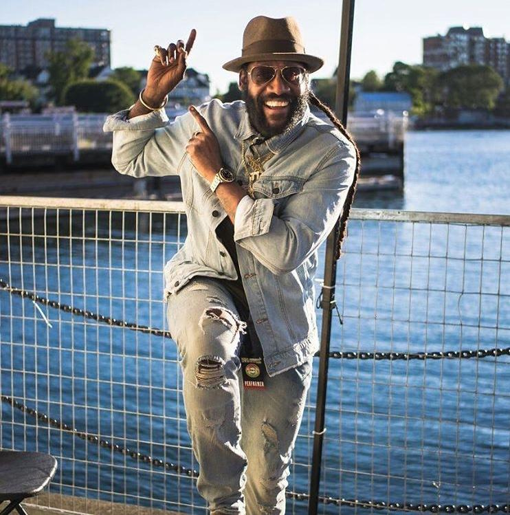 Tarrus Riley Resume North American Tour and Collabs with Pop Star Estelle 8
