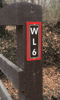gps referenced emergency sign