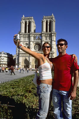 tourist-couple.jpg
