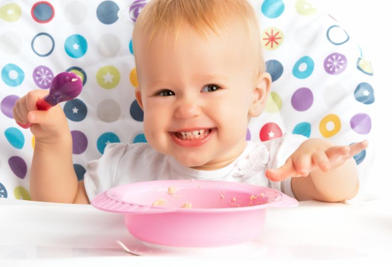 happy_baby_eating.jpg