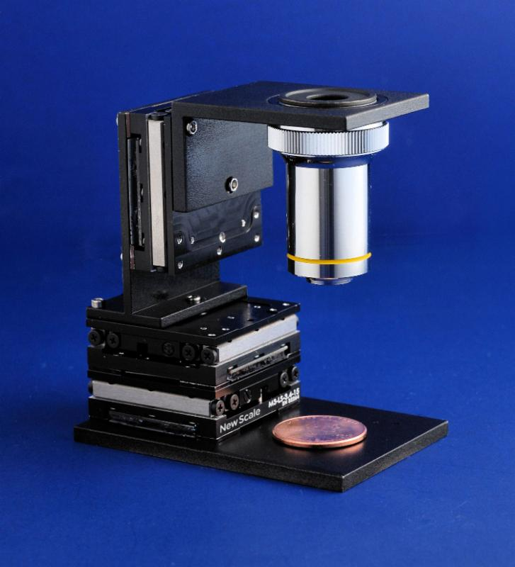 PHOTO - M3-LS smart stage in three-axis _XYZ_ configuration with microscope objective