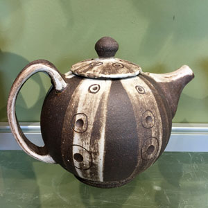 Teapot by Kay Yourist
