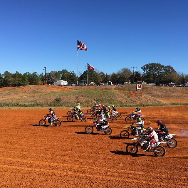 Moto 1 of the Texas Lone Star State Championship MX Series is underway on this beautiful fall day! Registration is open now for the Lone Star Night Series and night practice will begin at 5pm this evening.
