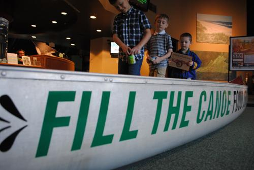 Fill the canoe