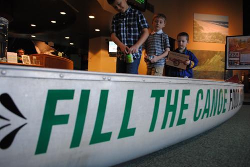 Fill the canoe