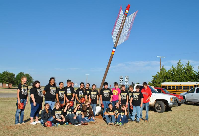 Installation of giant arrow on Quanah Parker Trail_ Kent County