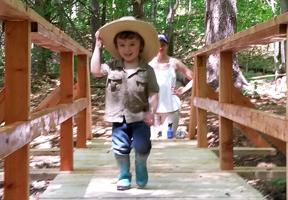 Photo of kid hiking by Ryan Owens