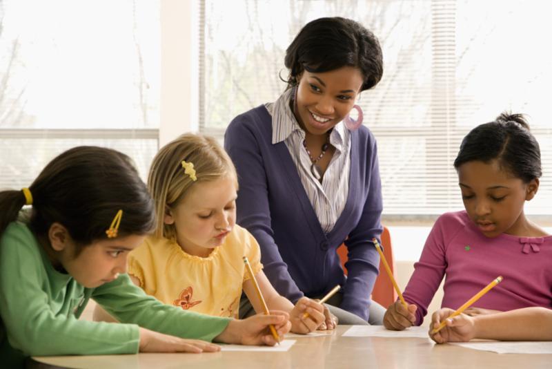 teacher_students.jpg