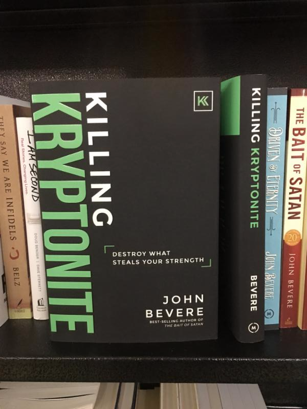 Midpoint trade books blog killing kryptonite 978193758116 messenger international spotted in barnes noble union square new york on november 8th malvernweather Images