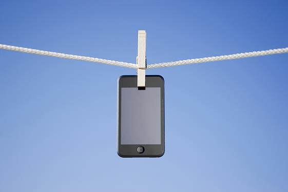 cellpone_clothesline.jpg