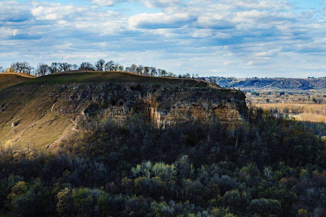Photo of Barn Bluff in the spring taken by Stephen Escallier