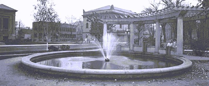 Black and white toned photo of the original John Rich fountain
