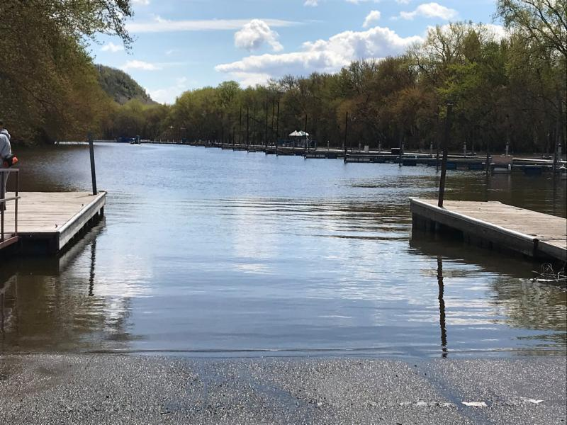 Photo of the Colvill Park boat ramp on a sunny day