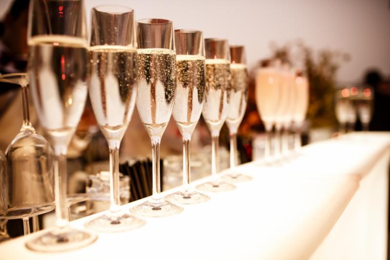 champagne_array_wine.jpg