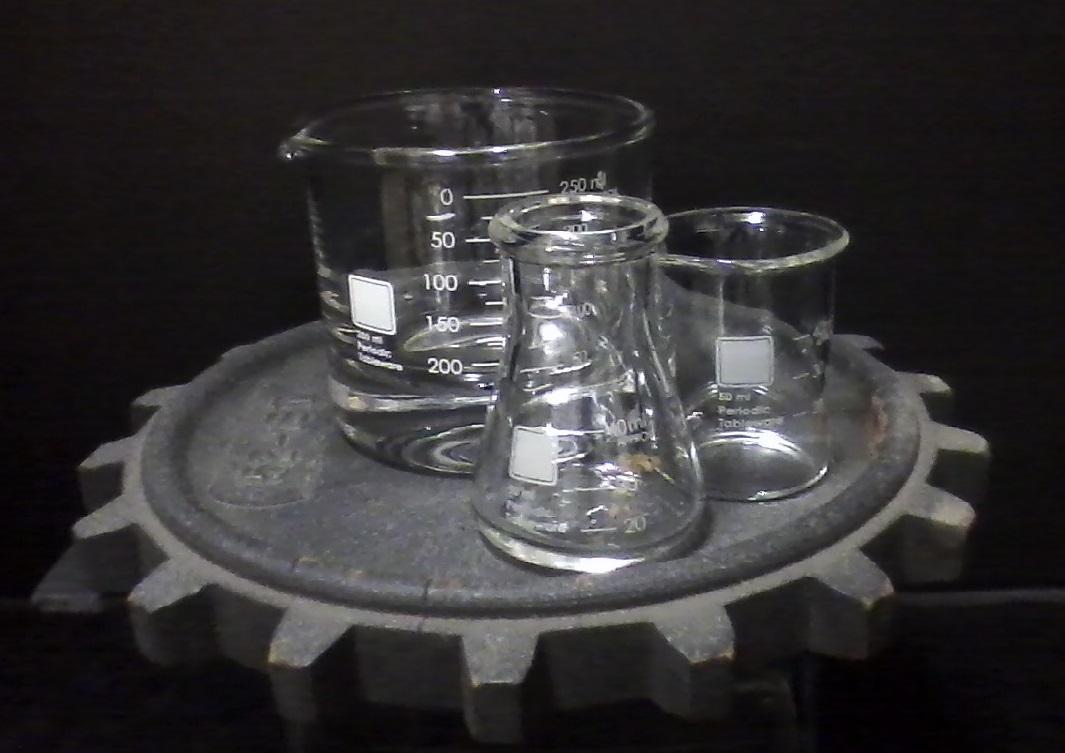 Laboratory-Inspired Drinkware.