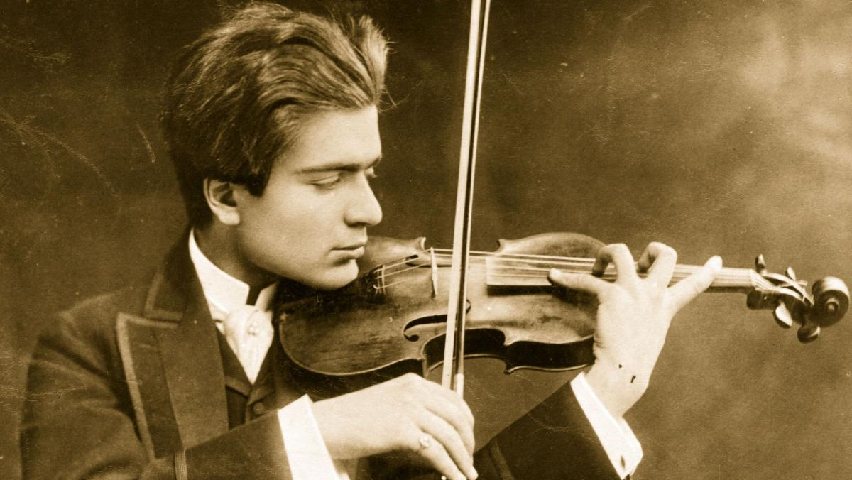russian violinist.jpg