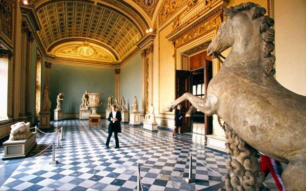 Virtual Tour 12 Museums Around the World