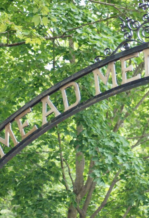 Mead Memorial Park arch