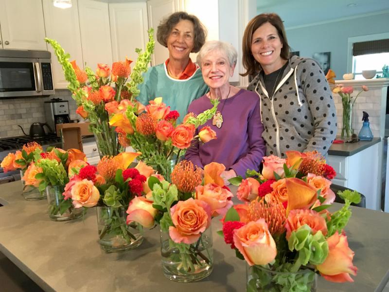 luncheon flowers volunteers