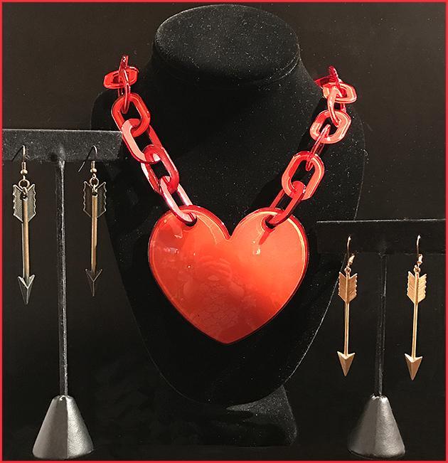 Heart necklace & Arrow earrings