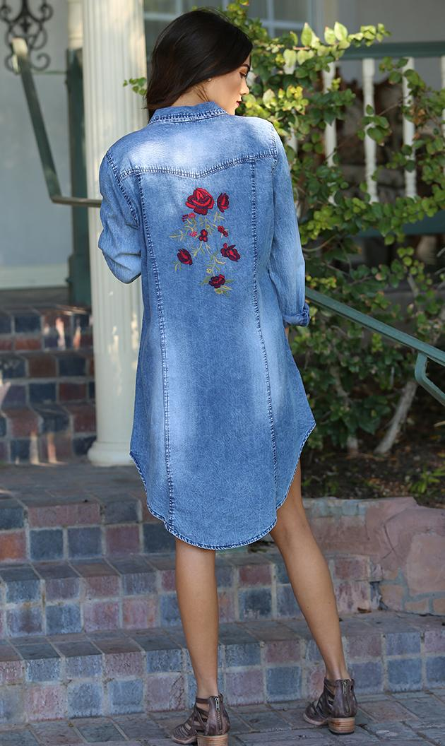 Asis Blue with Roses