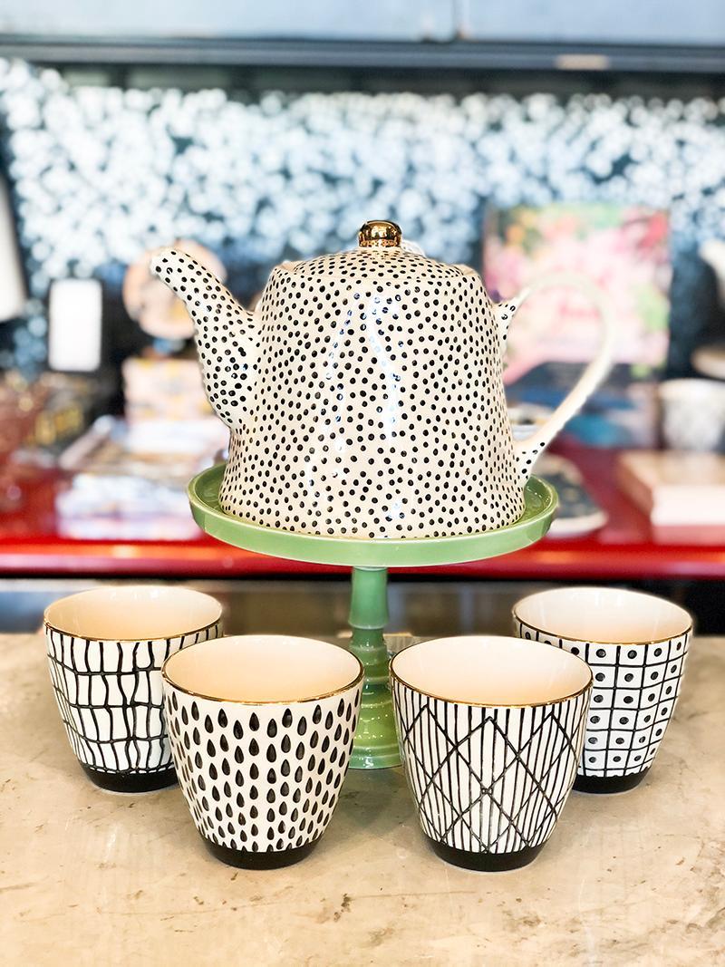 Black and White Tea Pot