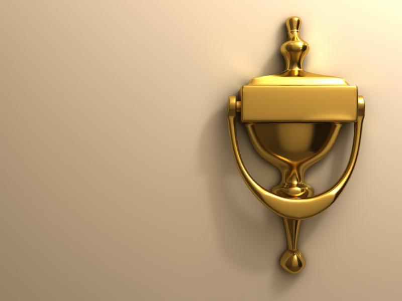 knocker_door_gold.jpg