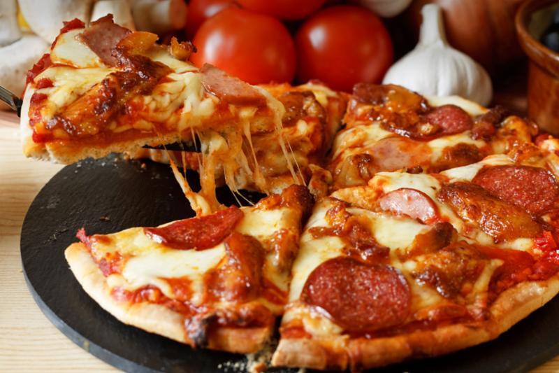 meat_pizza.jpg