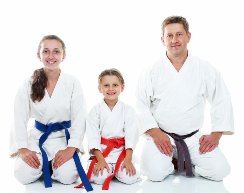 dad_daughters_martial_arts.jpg