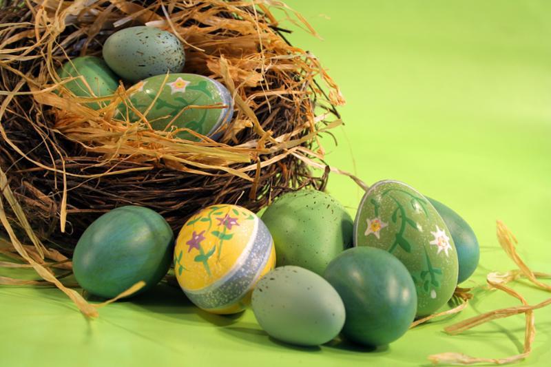 green_easter_eggs.jpg